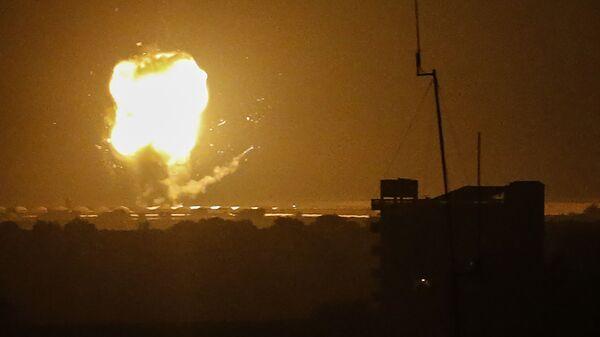 Авиаудар Израиля по сектору Газа. Архивное фото - Sputnik Česká republika