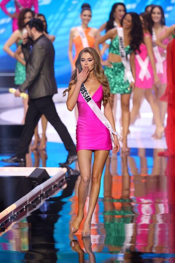 Miss Ruska Alina Sanko. - Sputnik Česká republika