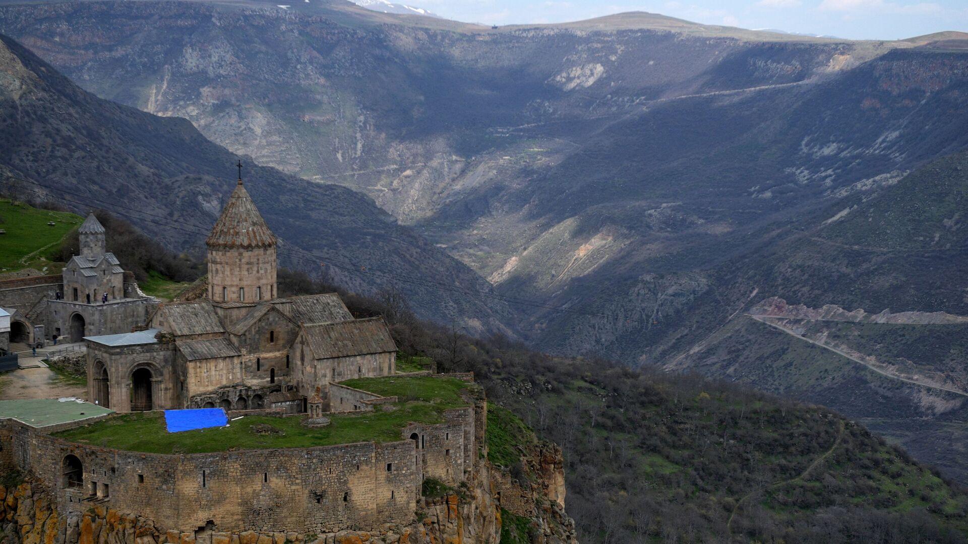 Tatevský klášter v provincii Sjunik v Arménii - Sputnik Česká republika, 1920, 19.05.2021