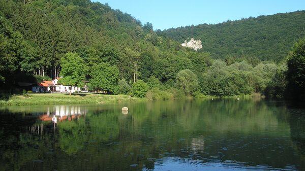 Якубовское озеро  в Моравском карсте - Sputnik Česká republika