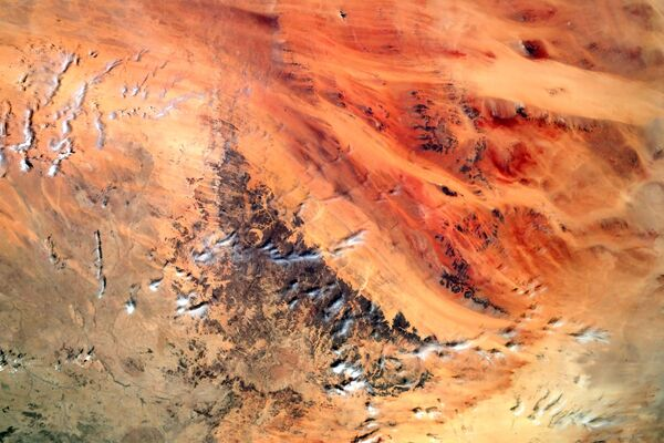 """Pohled z vesmíru na geologický útvar """"Oko Sahary"""", který se nachází v západní Africe - Sputnik Česká republika"""