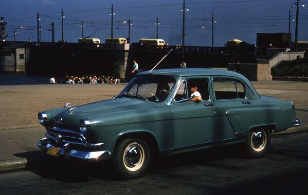Sovětské auto. Rok 1958. - Sputnik Česká republika