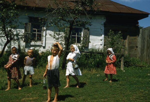 Sovětské děti. Rok 1958. - Sputnik Česká republika