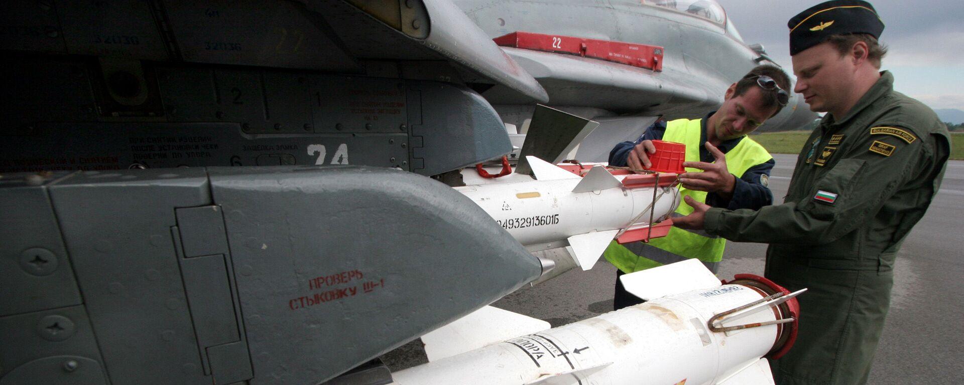 Kontrola bulharského MiG-29 před letem. Ilustrační foto - Sputnik Česká republika, 1920, 10.06.2021
