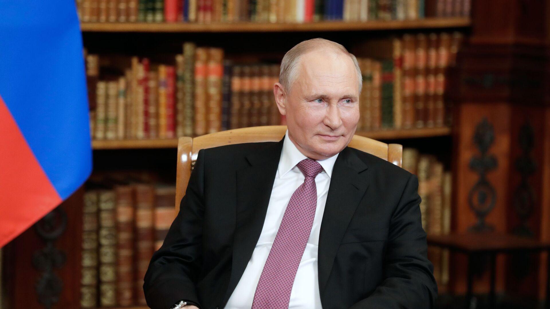 Ruský prezident Vladimir Putin na jednáních s americkým prezidentem Joe Bidenem v Ženevě - Sputnik Česká republika, 1920, 19.06.2021