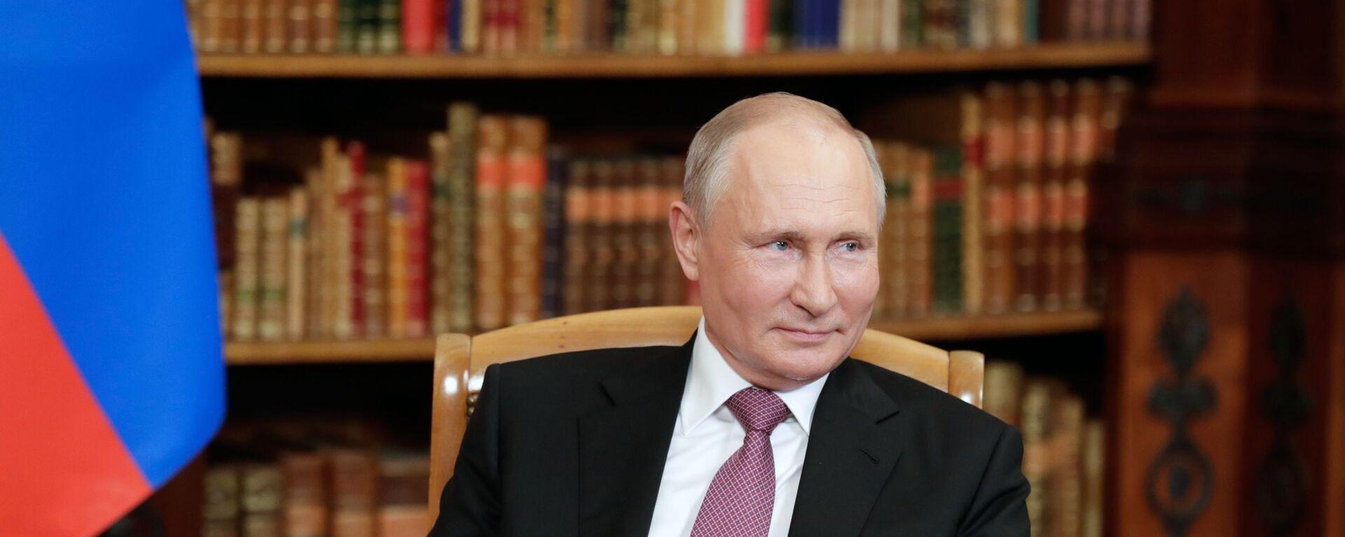 Ruský prezident Vladimir Putin na jednáních s americkým prezidentem Joe Bidenem v Ženevě - Sputnik Česká republika, 1920, 12.07.2021