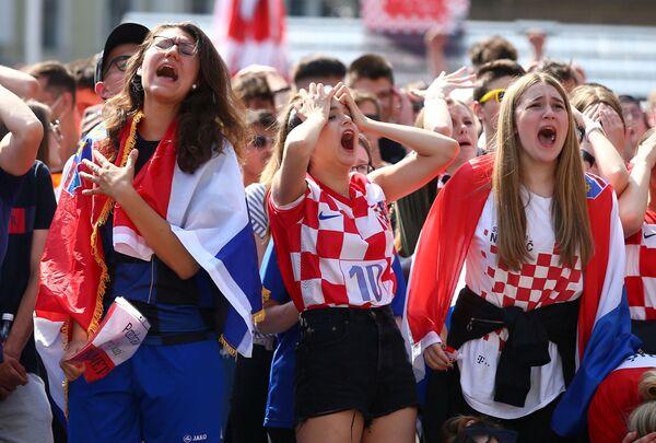 Fanoušci v Záhřebu sledují zápas Anglie-Chorvatsko. - Sputnik Česká republika