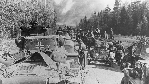 Немецкие бронетанковые части возле Вязьмы ждут приказа атаковать - Sputnik Česká republika