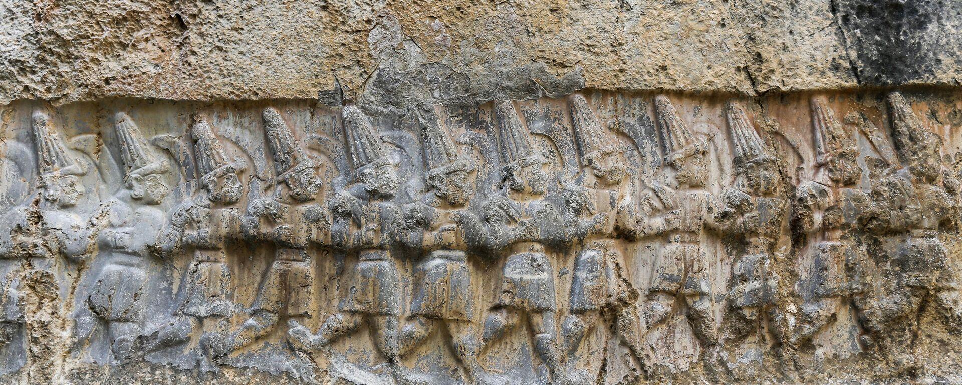 Kamenné sošky v chettském chrámu v Yazilikaya - Sputnik Česká republika, 1920, 22.06.2021