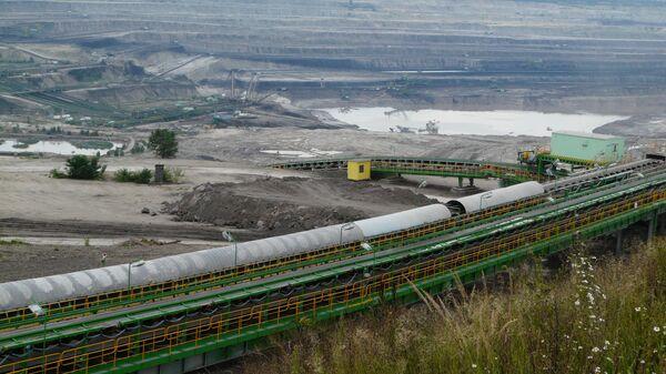 Угольный разрез в Турове (KWB Turów) в Польше - Sputnik Česká republika