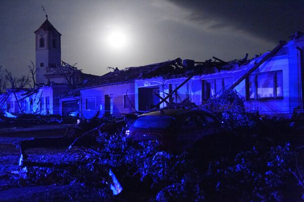 Zničené budovy v městyse Moravská Nová Ves - Sputnik Česká republika