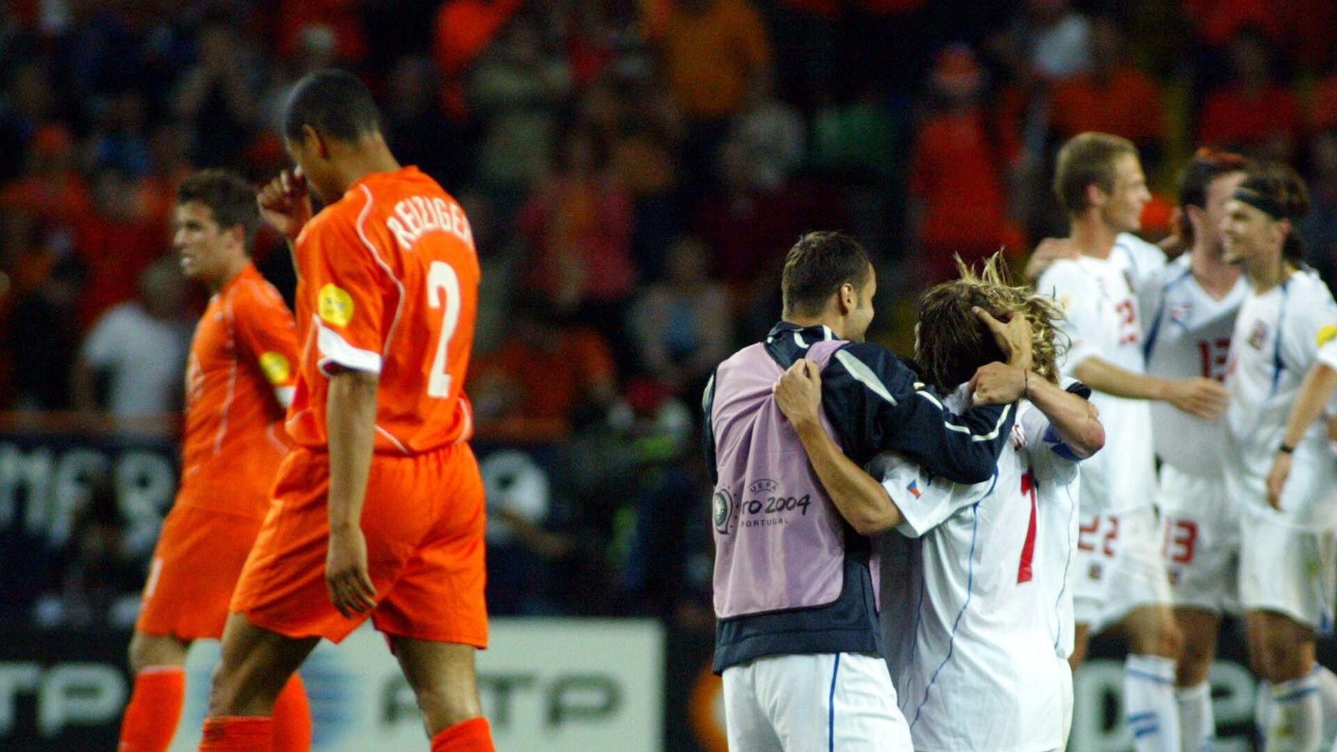 Češi oslavují další vstřelený gól do sítě Nizozemska na EURO 2004 - Sputnik Česká republika, 1920, 25.06.2021