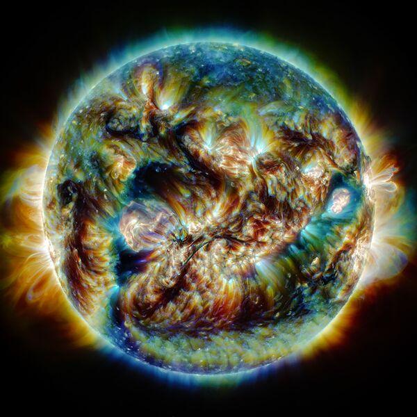 Foto s názvem The Tumult of the Sun od íránského fotografa Hassana Hatamiho - Sputnik Česká republika