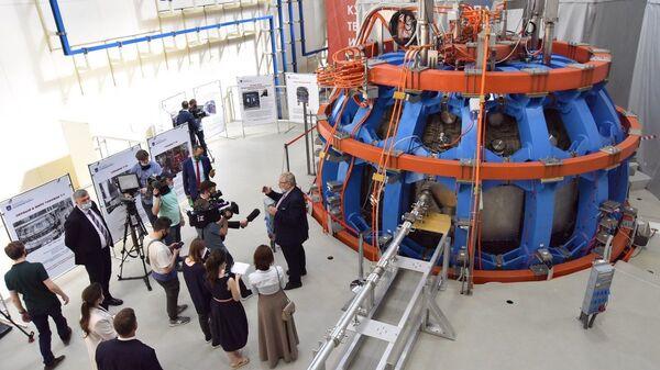 Церемония пуска установки Токамак Т-15 МД - Sputnik Česká republika