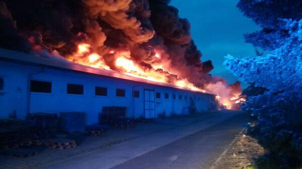 Пожар в выставочном центре в Летнянах, Чехия - Sputnik Česká republika