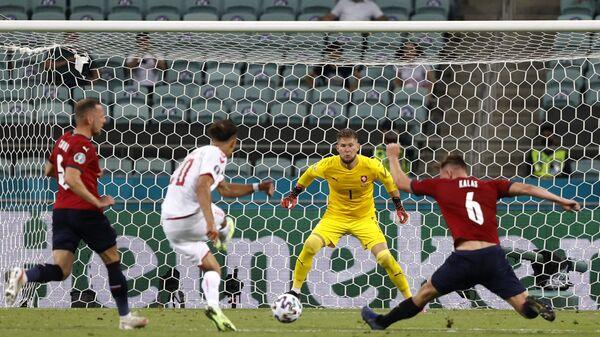 Матч 1/4 финала EURO 2020 между Чехией и Данией на олимпийском стадионе в Баку, Азербайджан - Sputnik Česká republika