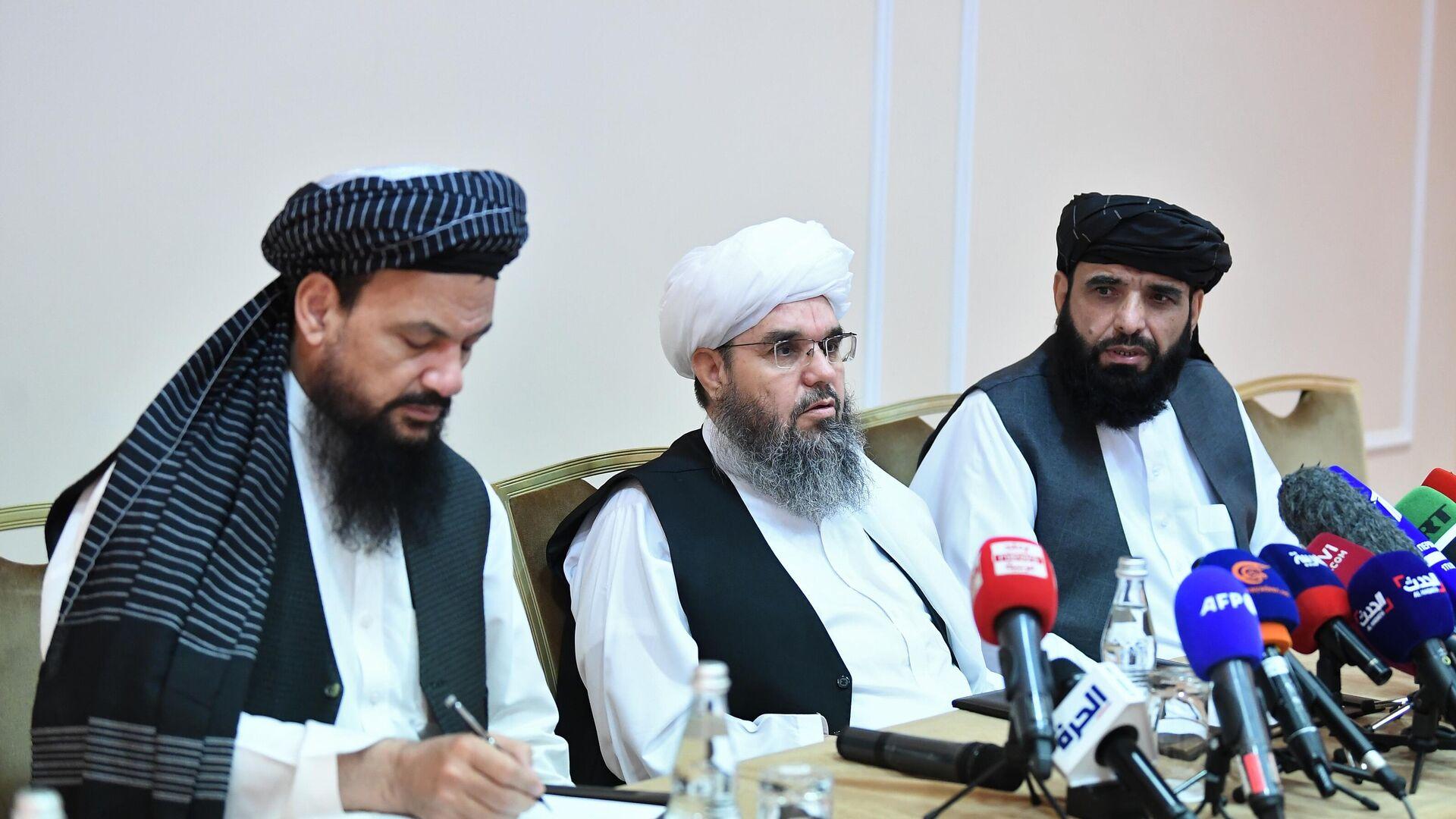 Zástupci hnutí Tálibánu (zakázané v RF) na tiskové konferenci v Moskvě - Sputnik Česká republika, 1920, 09.07.2021