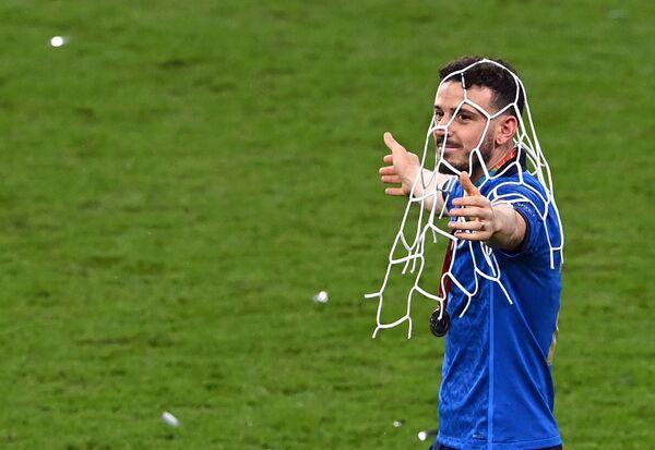 Obránce Alessandro Florenzi se raduje z vyhraného zápasu. - Sputnik Česká republika