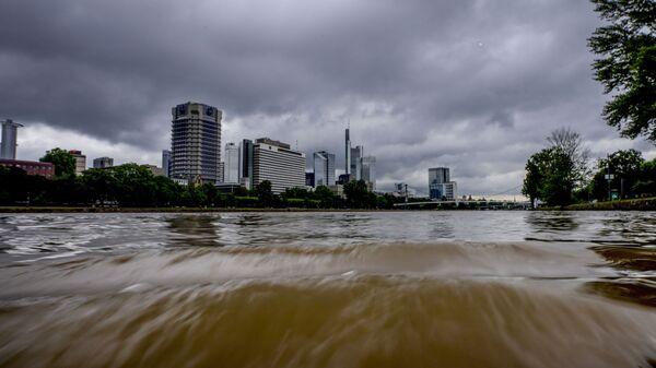 Разлившаяся река Майн во Франкфурте, Германия - Sputnik Česká republika