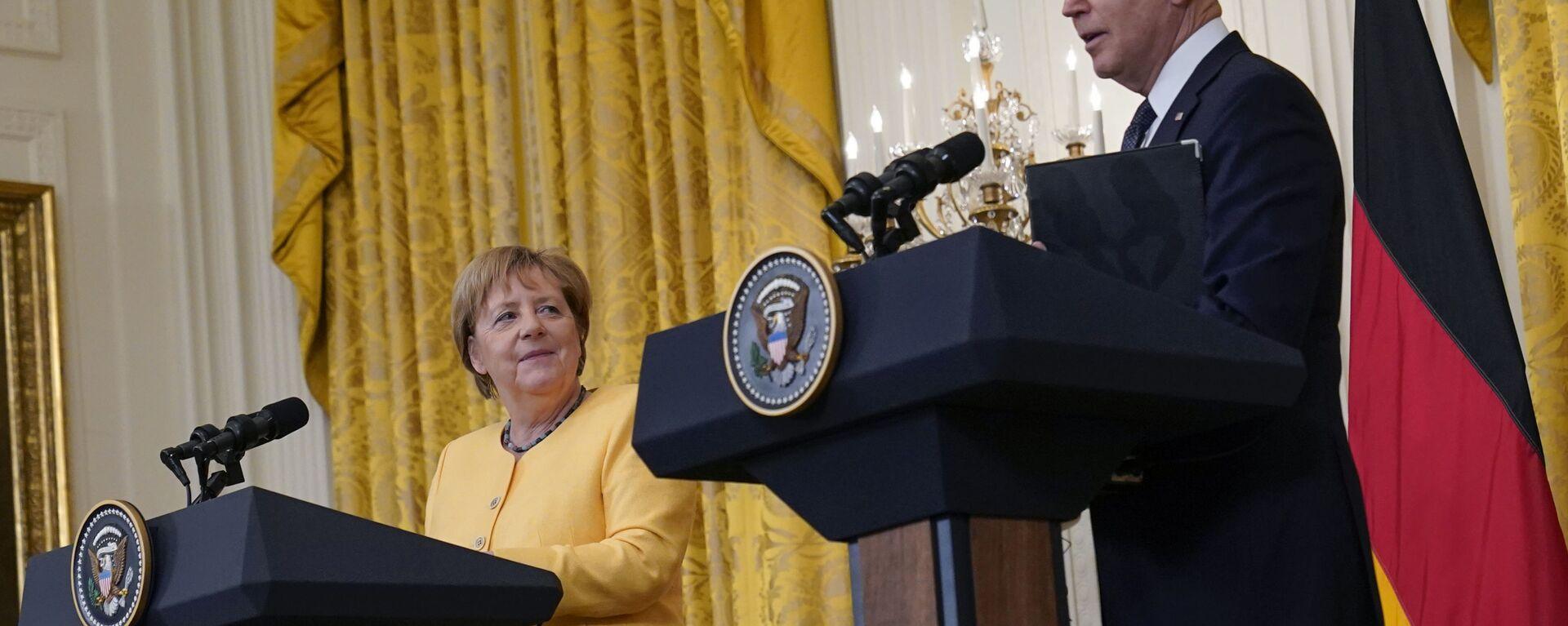 Americký prezident Biden a německá kancléřka Merkelová ve Washingtonu - Sputnik Česká republika, 1920, 16.07.2021
