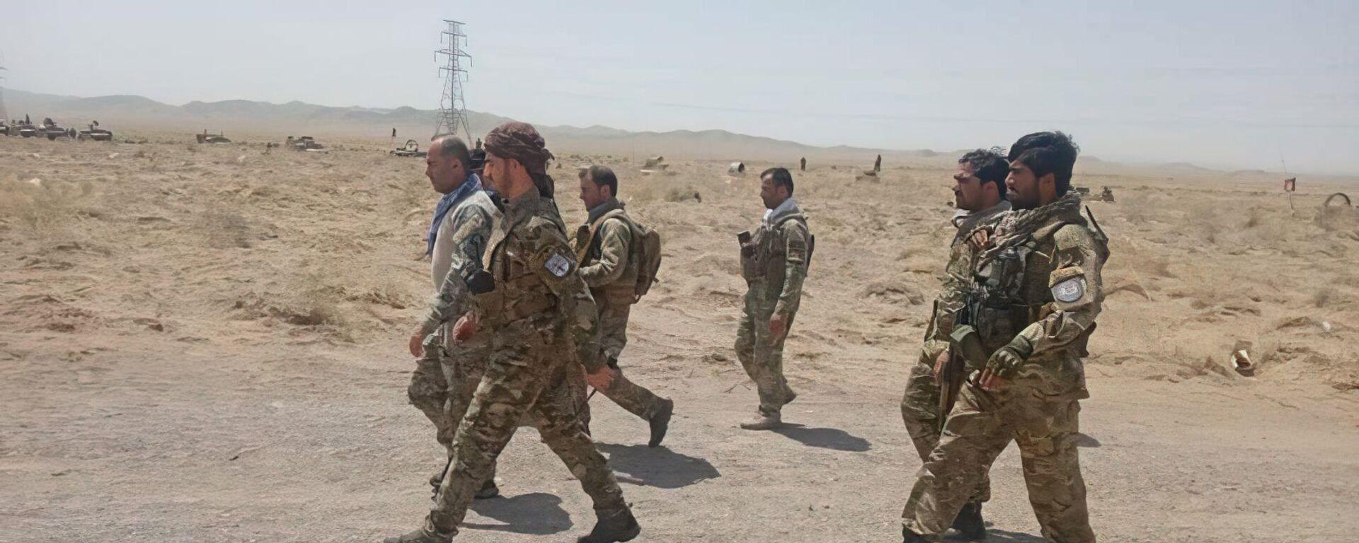 Afghánští vojáci bojují proti Tálibánu v Herátu - Sputnik Česká republika, 1920, 07.08.2021