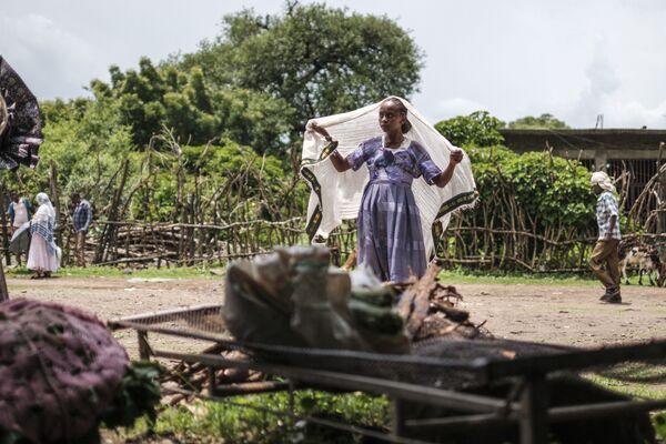 Žena v šátku. Etiopie. - Sputnik Česká republika