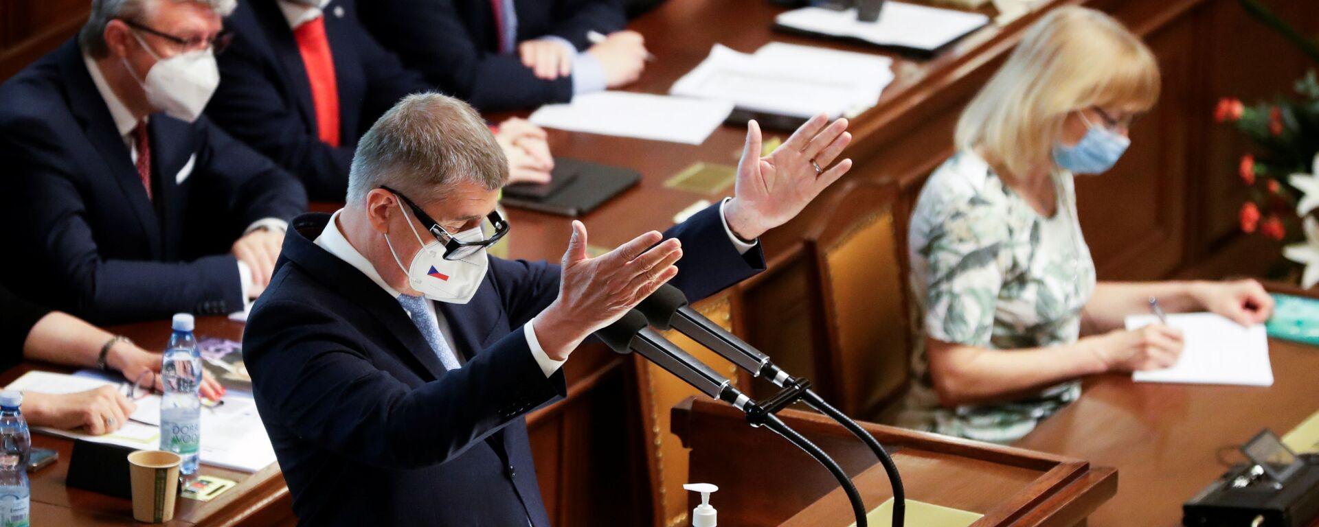 Český premiér Andrej Babiš na zasedání parlamentu - Sputnik Česká republika, 1920, 05.08.2021