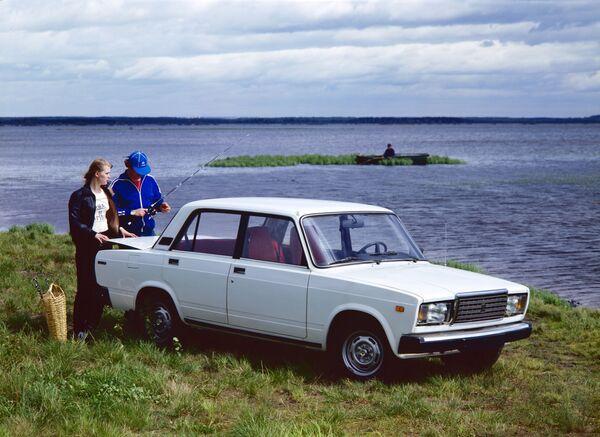 Automobil Žiguli  2107 - Sputnik Česká republika