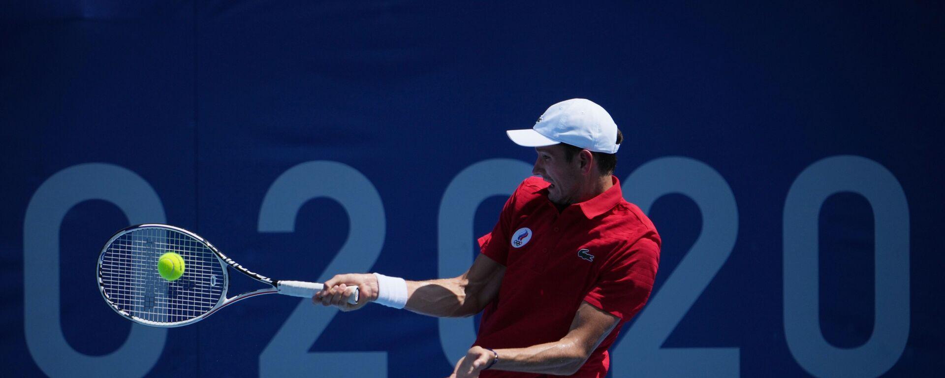 Ruský tenista Daniil Medveděv na olympijských hrách v Tokiu  - Sputnik Česká republika, 1920, 24.07.2021