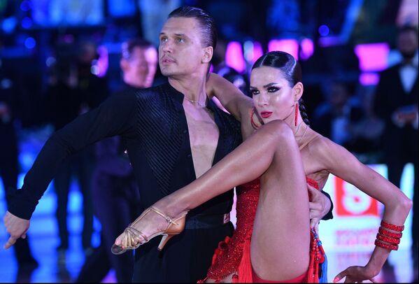 Účastníci světového poháru v latinskoamerických tancích ve Státním kremelském paláci, Moskva. - Sputnik Česká republika