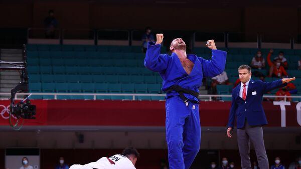 Чешский дзюдоист Лукаш Крпалек выиграл золото летних Олимпийских игр в Токио в весовой категории свыше 100 кг - Sputnik Česká republika