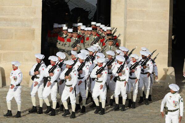 Přehlídková uniforma francouzské vojenské námořní pěchoty - Sputnik Česká republika