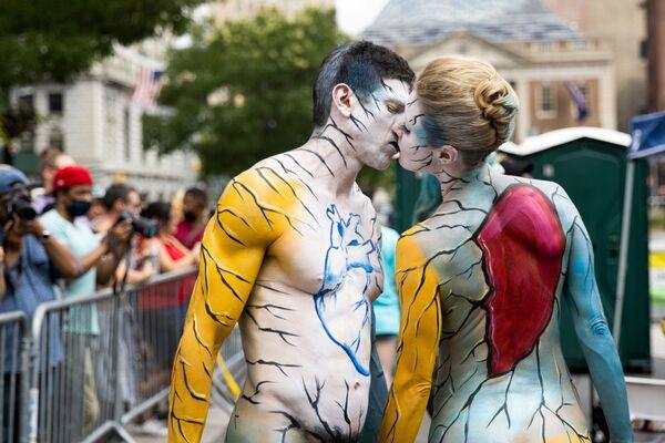Oslavy každoročně probíhajícího dne Bodyartu v New Yorku, USA. - Sputnik Česká republika