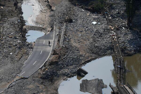 Zničená povodněmi železniční trať, okres Ahrweiler v Německu - Sputnik Česká republika