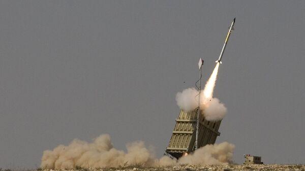 Uvedení izraelského systému protiraketové obrany Iron Dome - Sputnik Česká republika