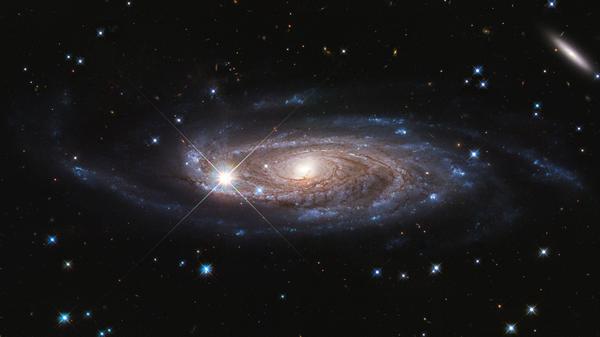 Спиральная галактика UGC 2885, расположенная на расстоянии 232 миллионов световых лет в северном созвездии Персея - Sputnik Česká republika