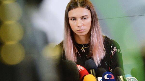 Белорусская легкоатлетка Кристина Тимановская во время пресс-конференции в Варшаве - Sputnik Česká republika