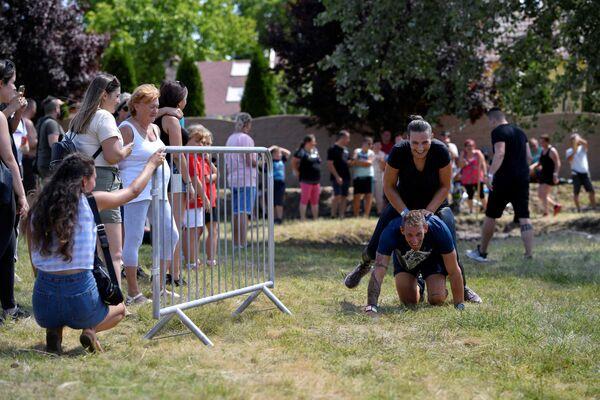 Бег с женами на плечах в Венгрии - Sputnik Česká republika