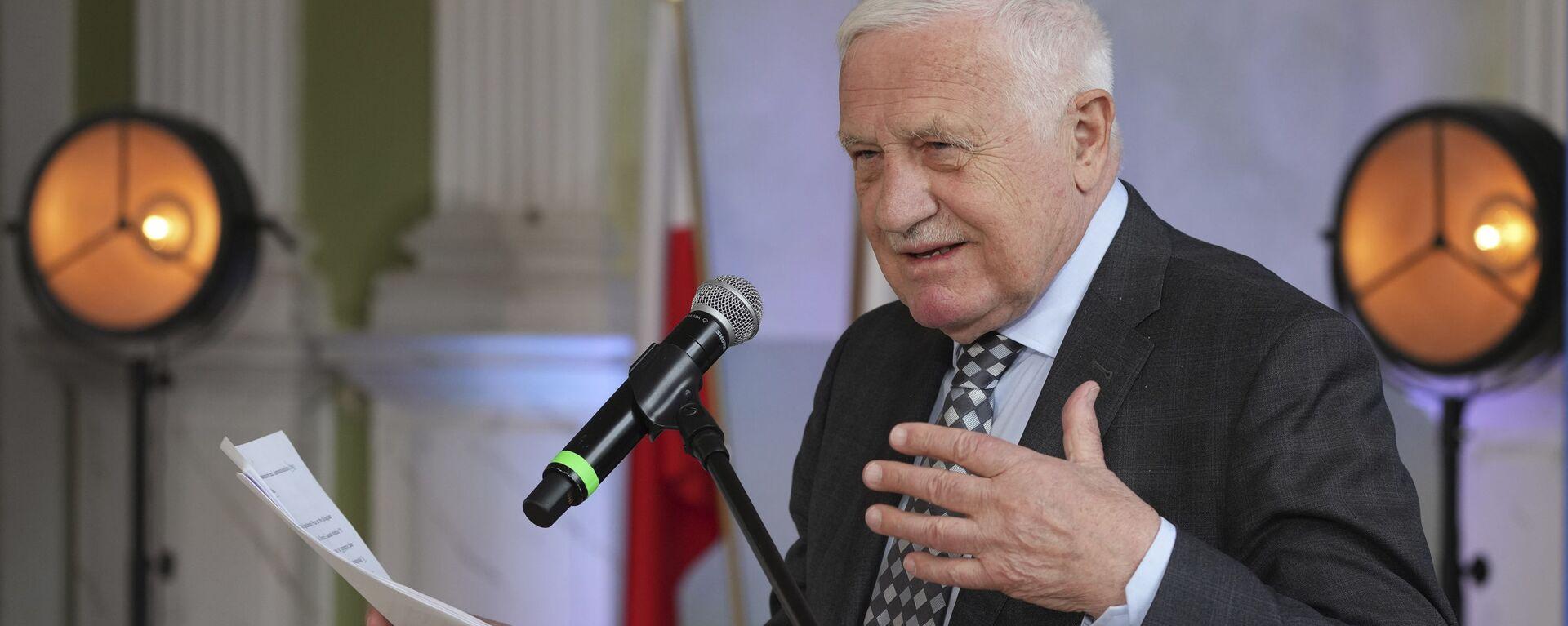 Bývalý český prezident Václav Klaus vystupuje na konferenci ve Varšavě - Sputnik Česká republika, 1920, 16.08.2021