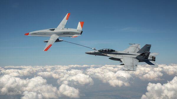 Тестирование американского беспилотного самолет-заправщика Boeing MQ-25 T1 - Sputnik Česká republika
