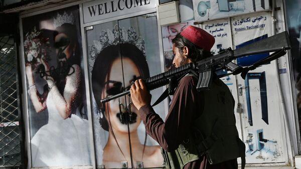 Militant Talibanu* (hnutí je v Rusku zakázáno jako teroristické) - Sputnik Česká republika
