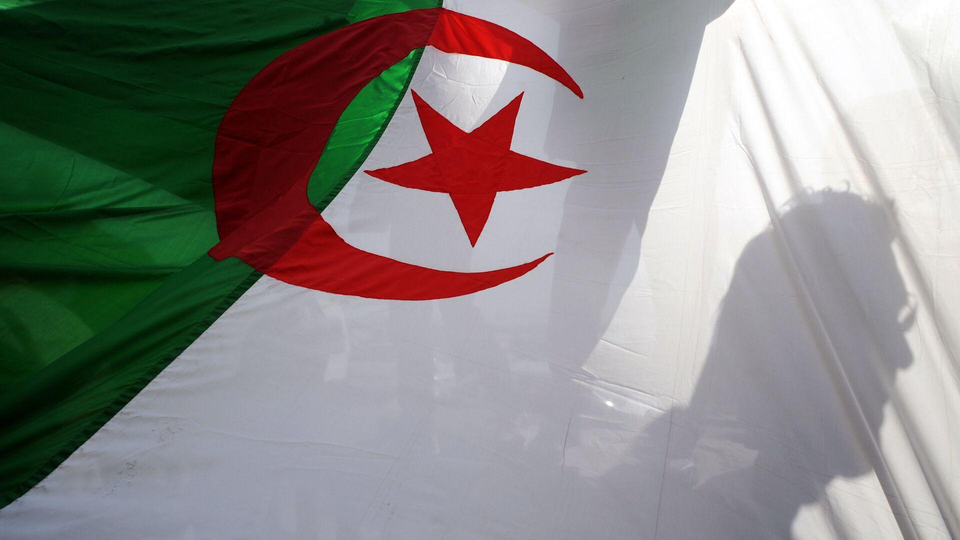 Alžírská vlajka - Sputnik Česká republika, 1920, 24.08.2021