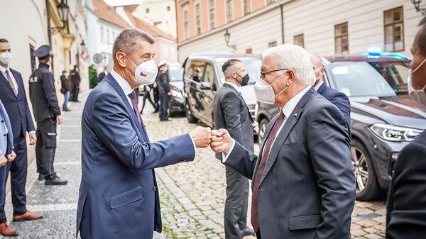 Президент Германии Франк-Вальтер Штайнмайер и премьер-министр Чехии Андрей Бабиш в Праге - Sputnik Česká republika