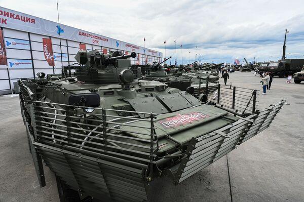 Obrněné vozidlo BTR-82A. - Sputnik Česká republika