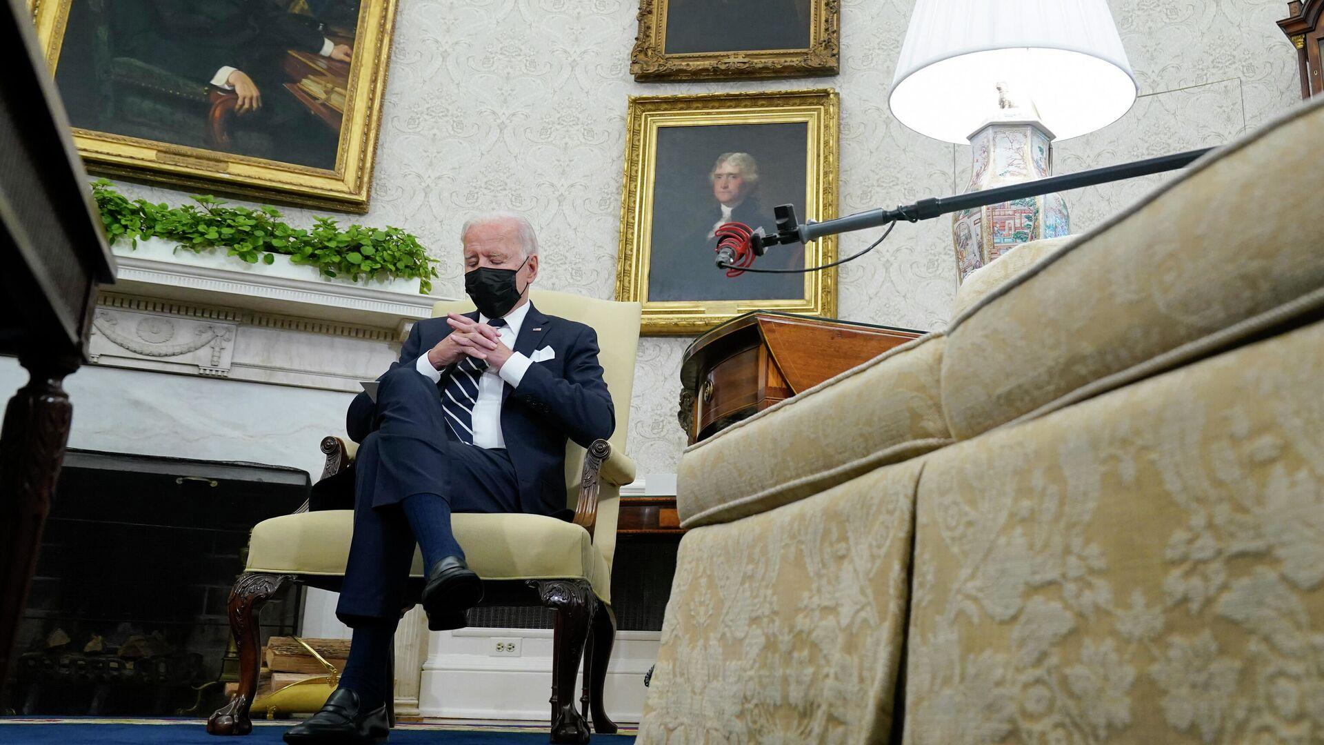 Americký prezident Joe Biden během schůzky s izraelským premiérem Naftaliím Bennettem - Sputnik Česká republika, 1920, 29.08.2021