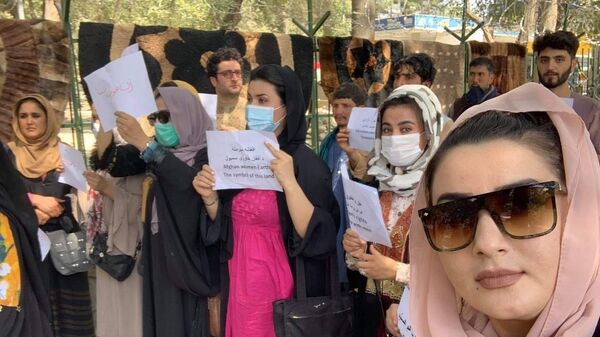 Митинг за права женщин в Кабуле - Sputnik Česká republika