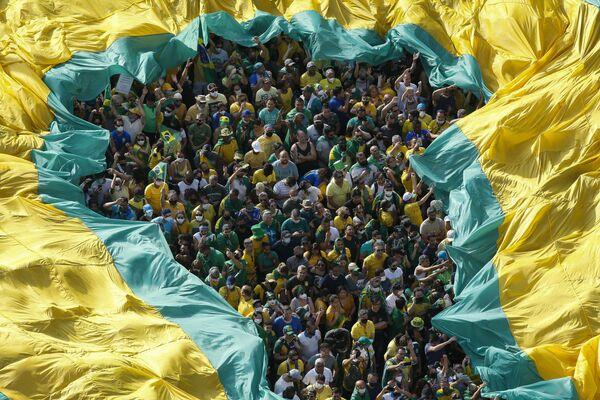 Demonstrace na podporu brazilského pravicového prezidenta Jaira Bolsonara v Den nezávislosti Brazílie. - Sputnik Česká republika