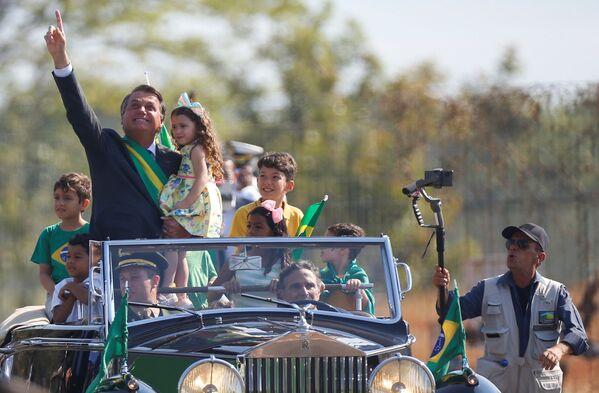 Brazilský prezident Jair Bolsonaro během slavnostního ceremoniálu v Den nezávislosti v Brazílii, Brazílie. - Sputnik Česká republika