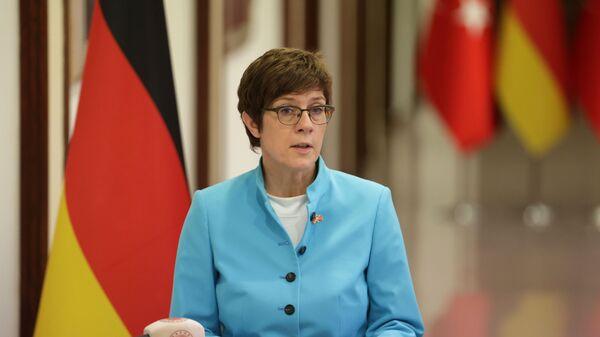 Министр обороны Германии Аннегрет Крамп-Карренбауэр - Sputnik Česká republika