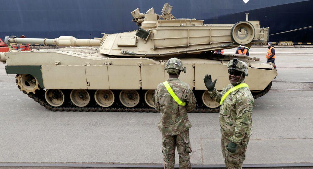 Americký tank Abrams v Pobaltí